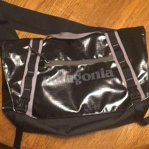 Handbags - Patagonia Black Hole Mini for Kneehouse22